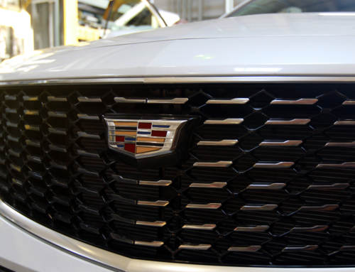 Grown Up Show And Tell – GM Visits Colonial Group Inc. With A Cadillac XT4